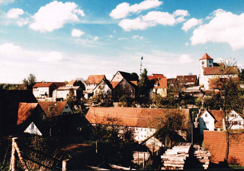 Blick auf Michelbach aus Süd-Westlicher Richtung. Aufnahmedatum unbekannt.